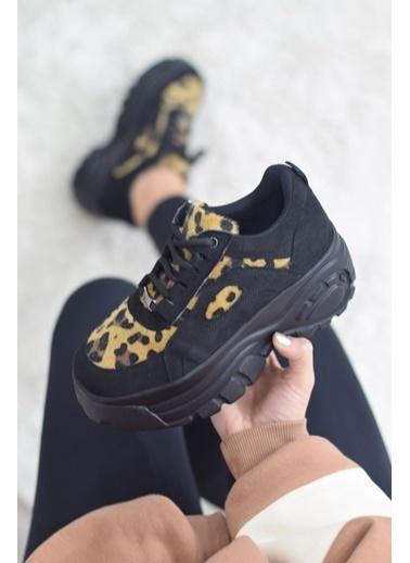 Mask Sneakers Leopar